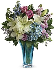 Heart's Pirouette Bouquet Flowers